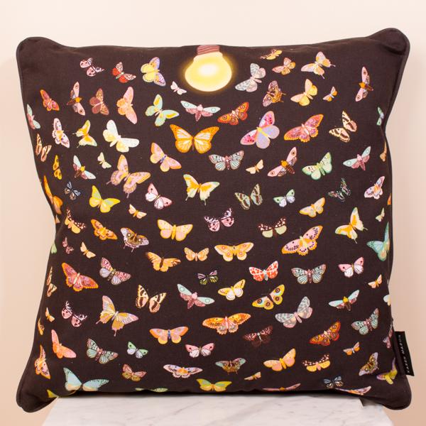 Cushion 45x45 Like a Moth to