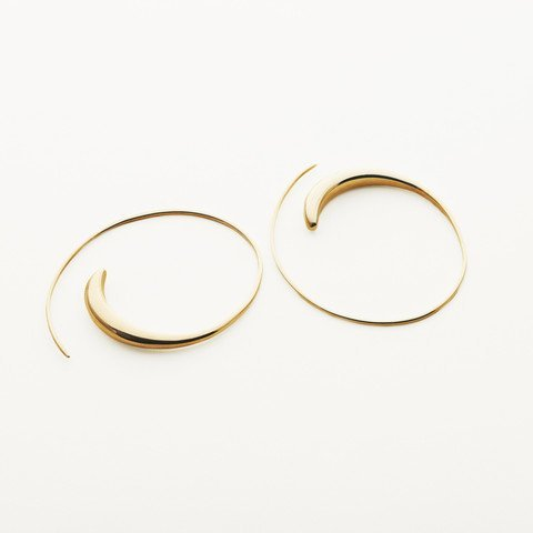 ASSYMMETRIC HOOPS