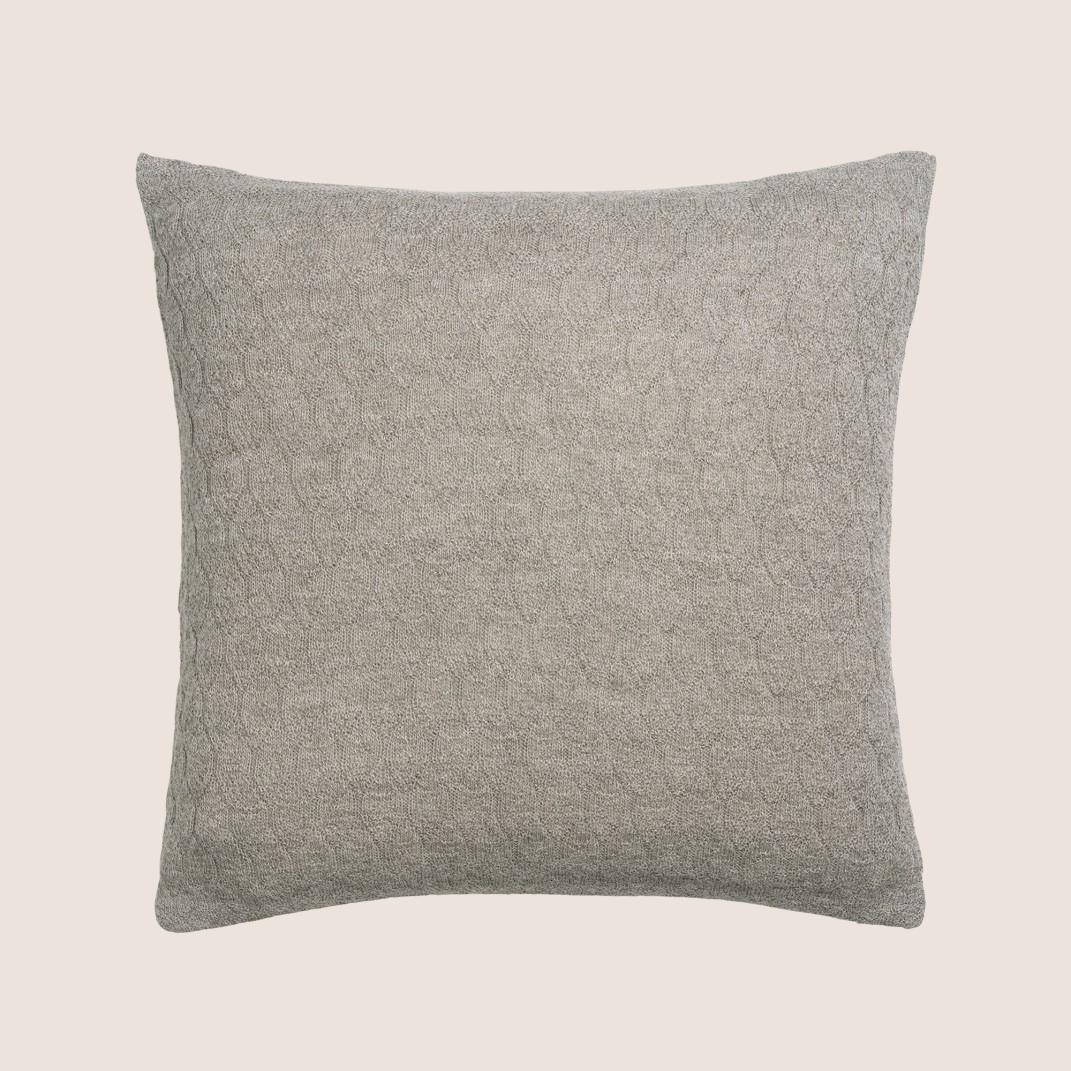 Raul Classic Pillow 50x50 cm.