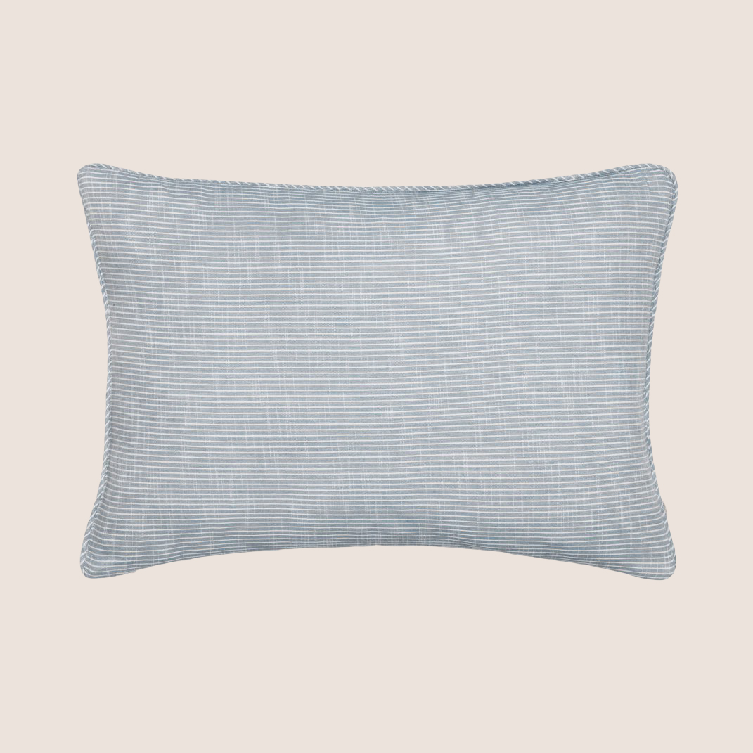 Pillow Cover Striped 50x80 cm.