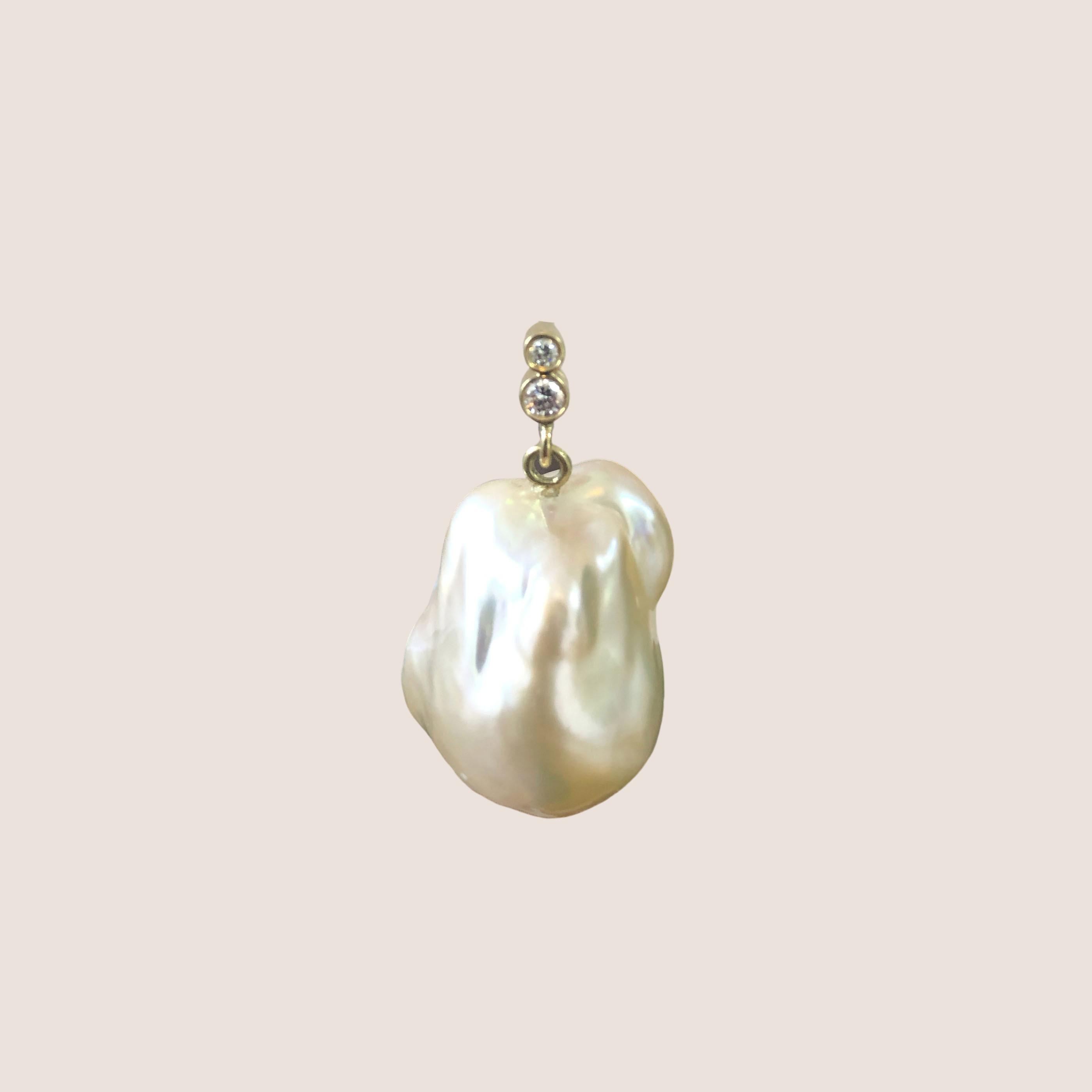Peachy Baroque Earring