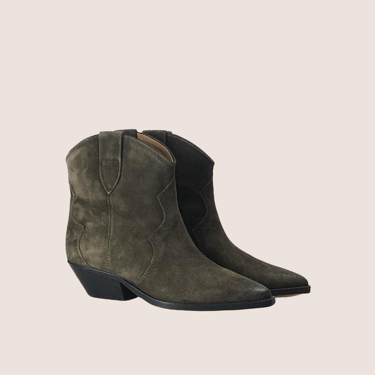 Dewina Boots