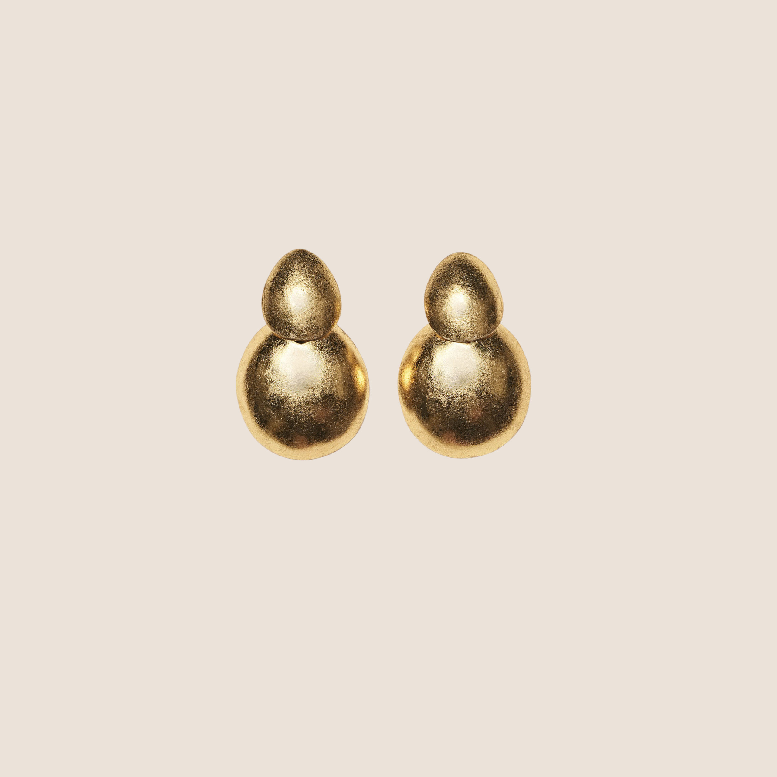 Quito Earclips