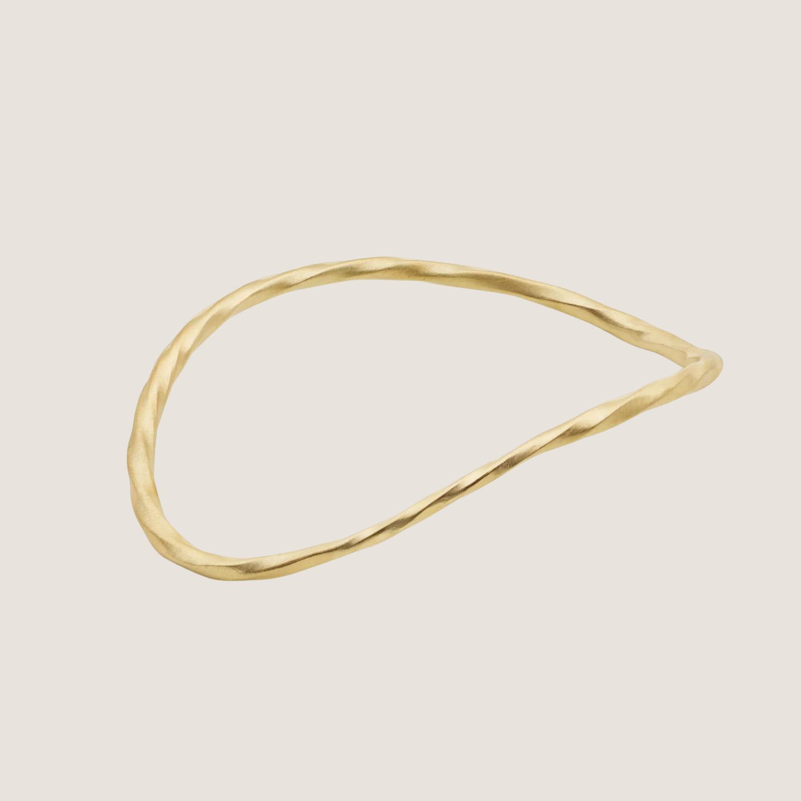 Flow Wave Bangle - Gold