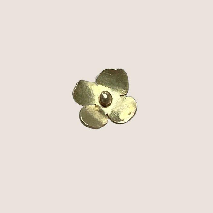One Flower Earring