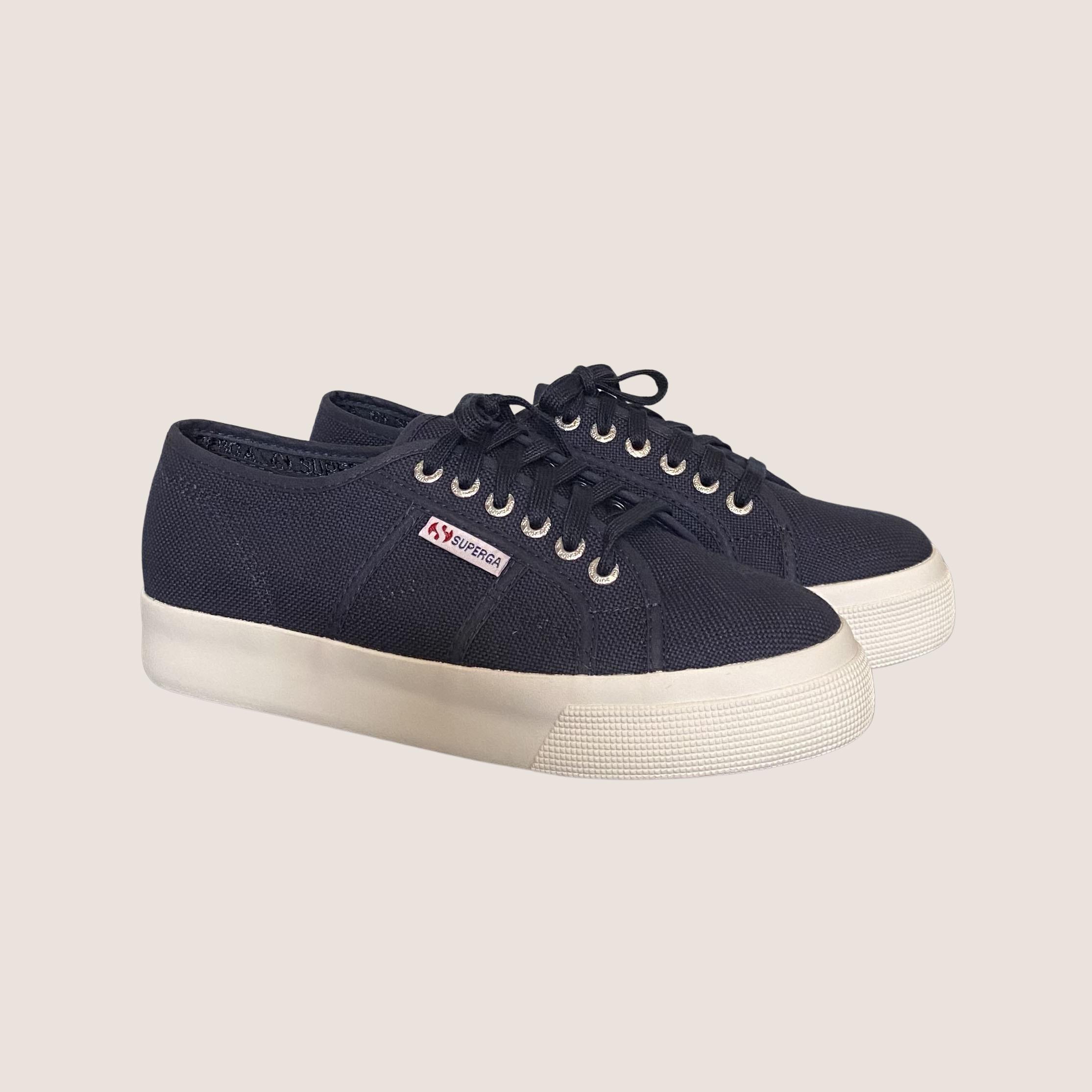 Cuto Sneakers 3 cm.